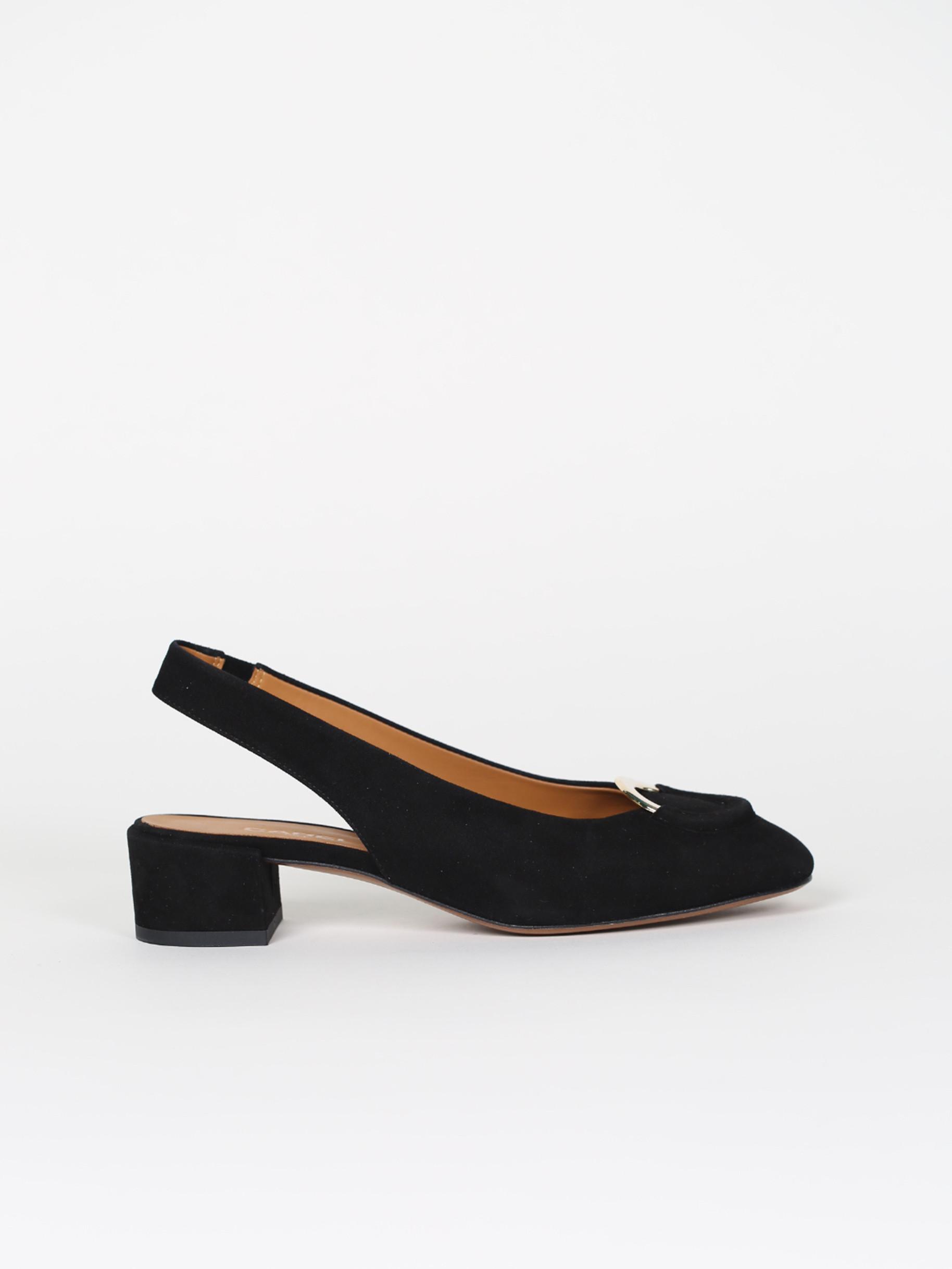 Black suede leather trotteurs